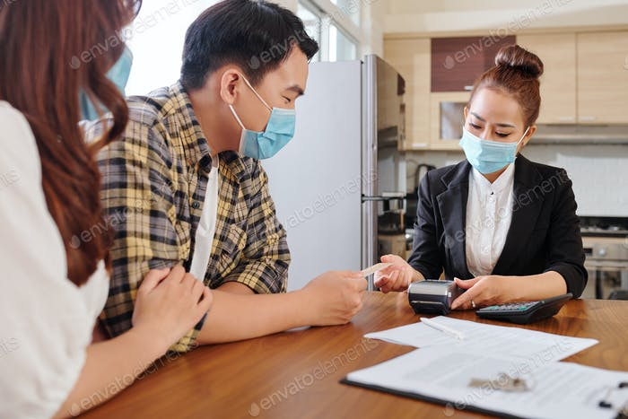 Bezahlung der Dienstleistung eines Immobilienmaklers