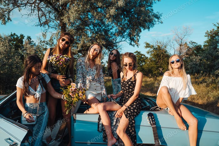 Six girls have fun in the countryside