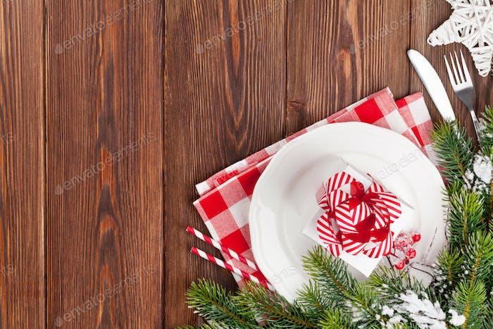 Weihnachtstisch mit Tannenbaum