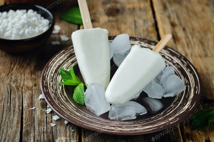 Coconut greek yogurt popsicle