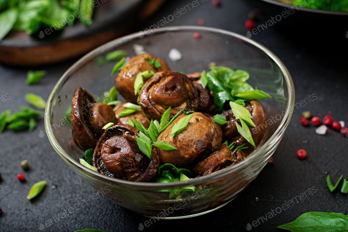 Baked mushrooms with soy sauce and herbs