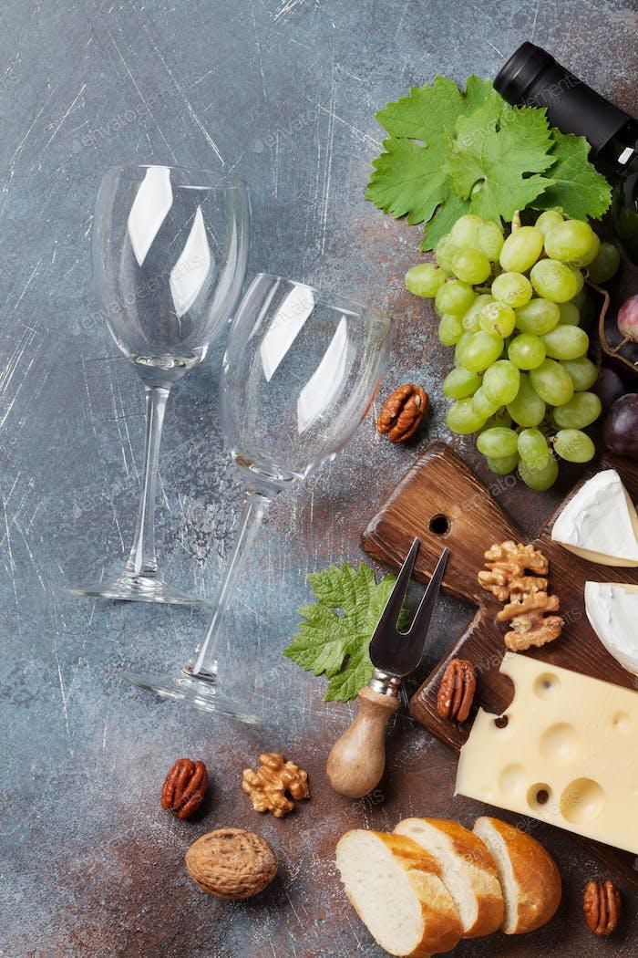 Wein, Trauben und Käse