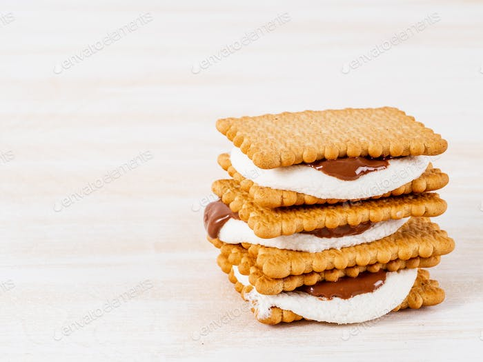 Smores, marshmallow sandwiches - traditional American sweet chocolate cookies