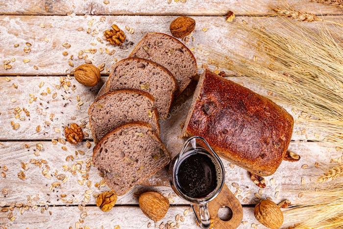 Walnut loaf bread