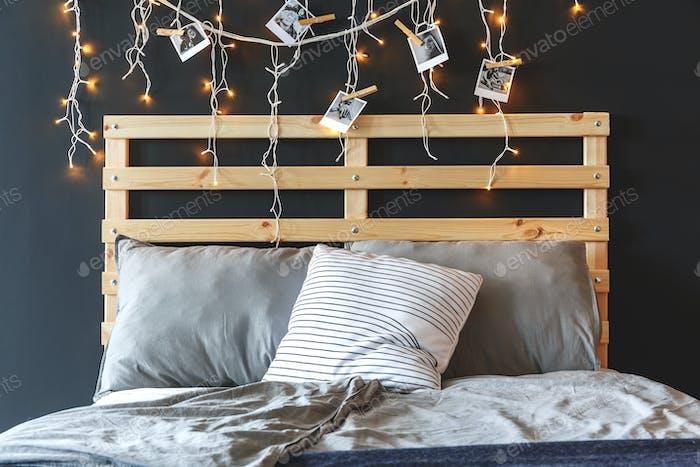 Gemütliches stilvolles Schlafzimmer