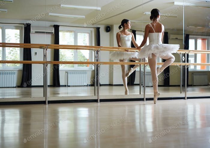 Classes of ballet