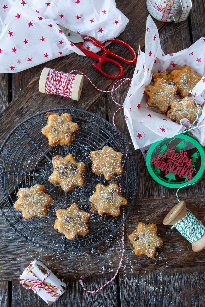 Christmas cookies with raisins