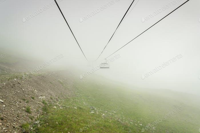 Seilbahn in den Bergen