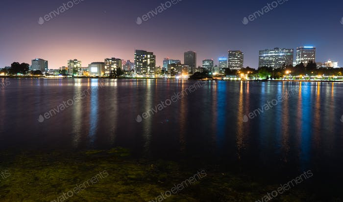 Lake Merritt Adams Point Downtown City Skyline Night Oakland Kalifornien