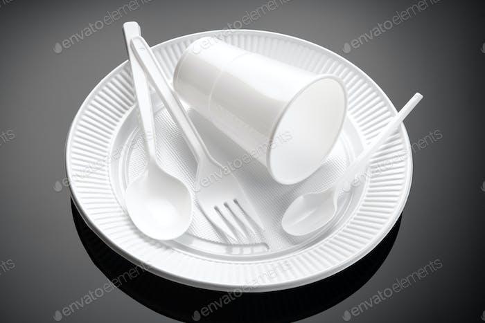 White Plastic dishware