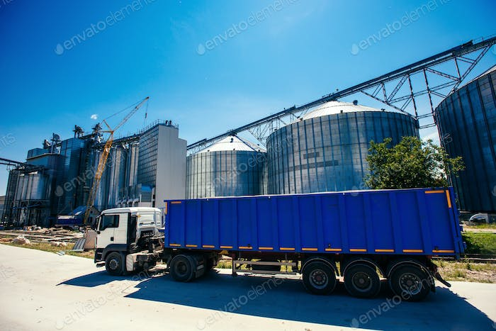 Set of storage tanks cultivated agricultural crops processing pl