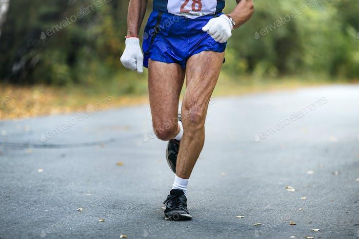 Älterer Mann Athlet Laufen