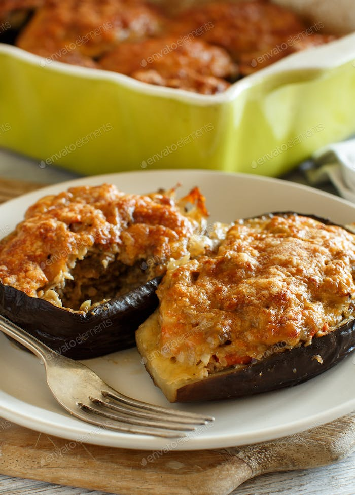 Stuffed eggplant from the oven