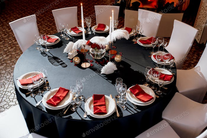 decoration of tables with burning candles