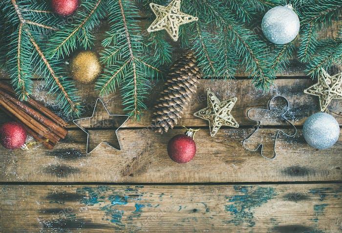 Weihnachten oder Neujahr Urlaub flach mit Tannenzweigen