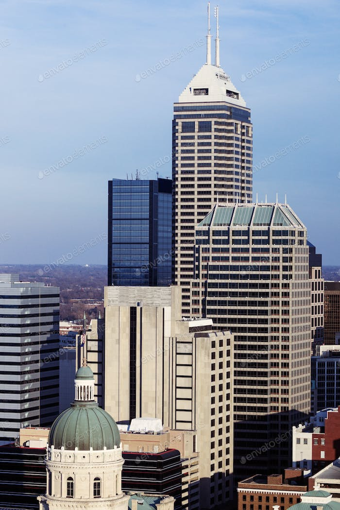 Indiana - skyline of the city with State Capitol Builidng