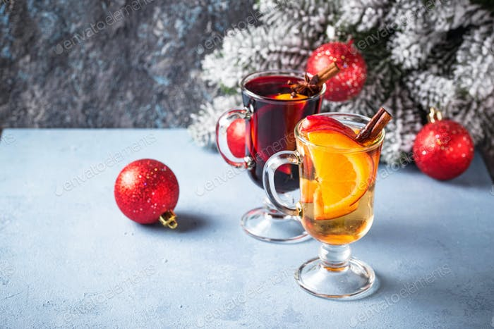 Red and white mulled wine.