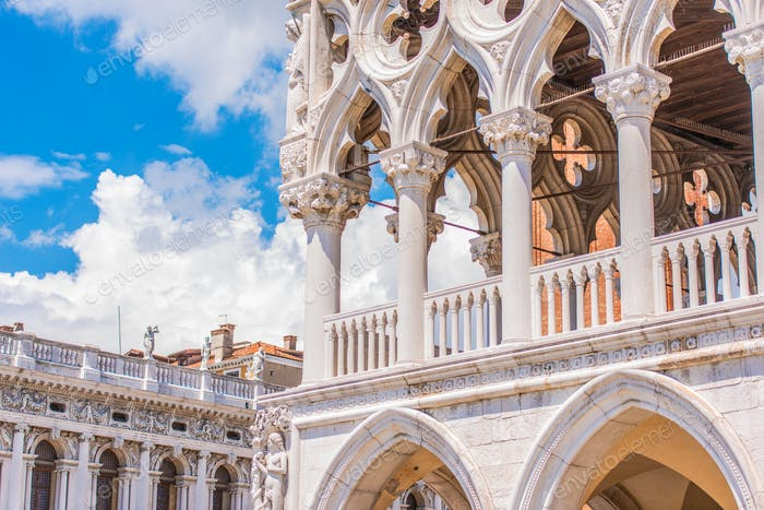 Venezianische gotische Architektur