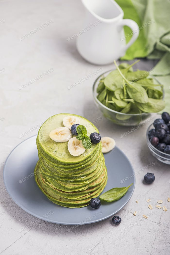 Green Pancakes with Spinach, Healthy Breakfast