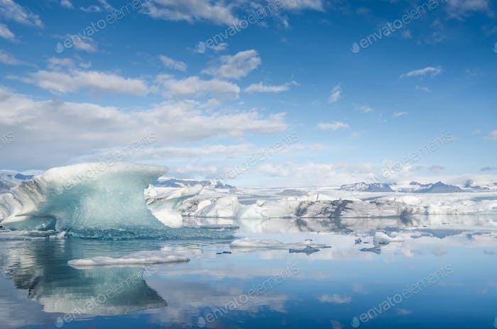 Ice lagoon Jökulsárlón, Iceland