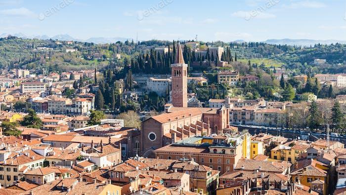 oben Ansicht Verona mit Santa Anastasia Kirche
