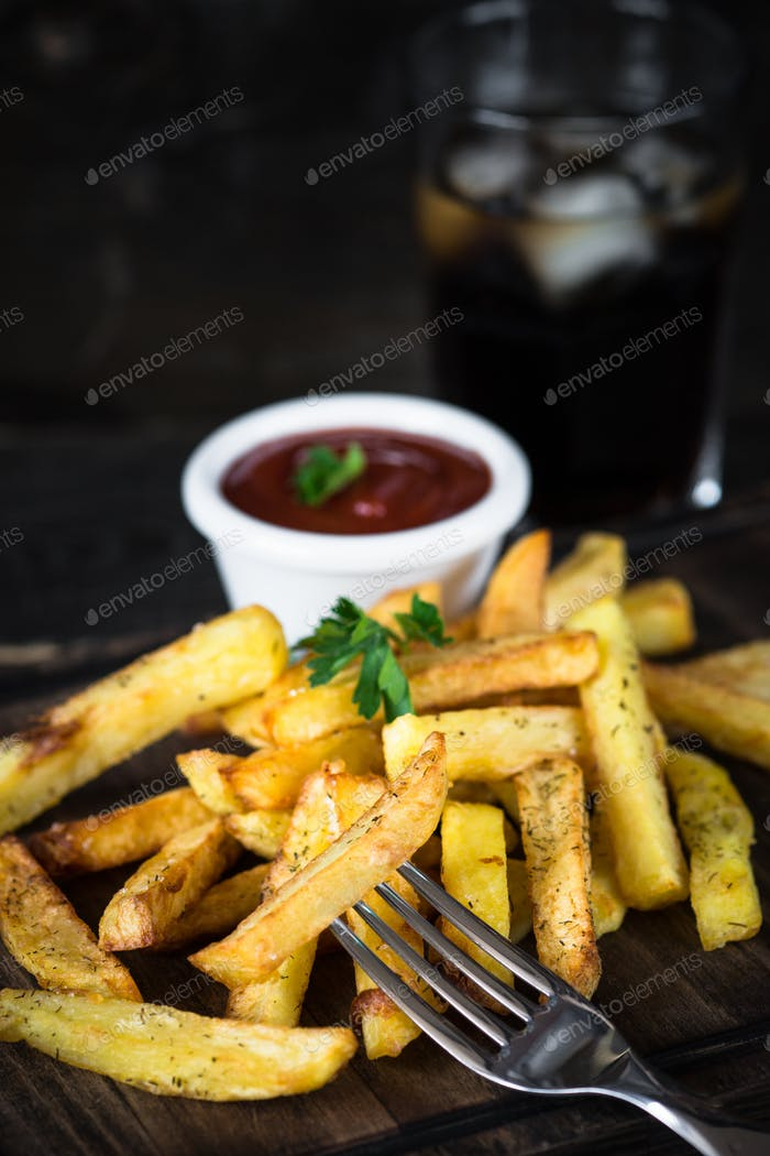 Fried potato with ketchup sauce