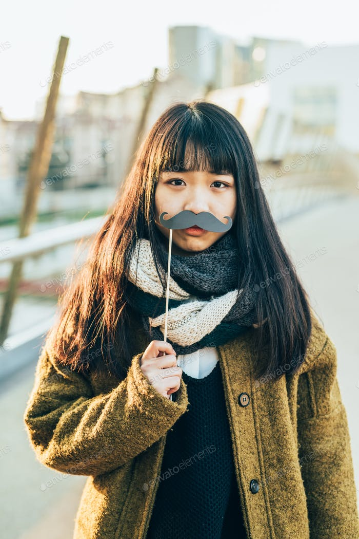 Asian hipster woman