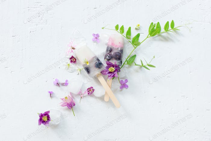 Ice Lollies Decorated with Flowers