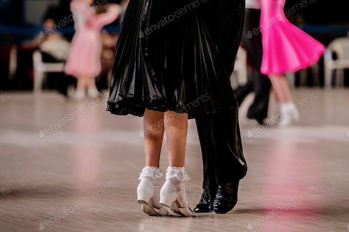 pair children athletes dancers
