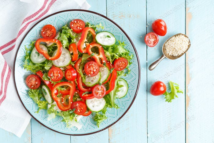 Vegetarischer Gemüsesalat