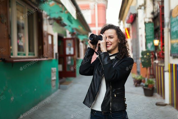 Mujer que viaja y Encantador fotos