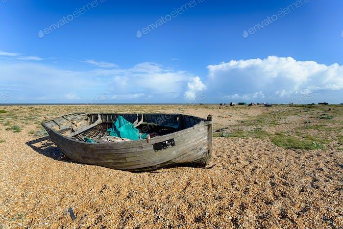 Verlassenes Boot bei Dungeess