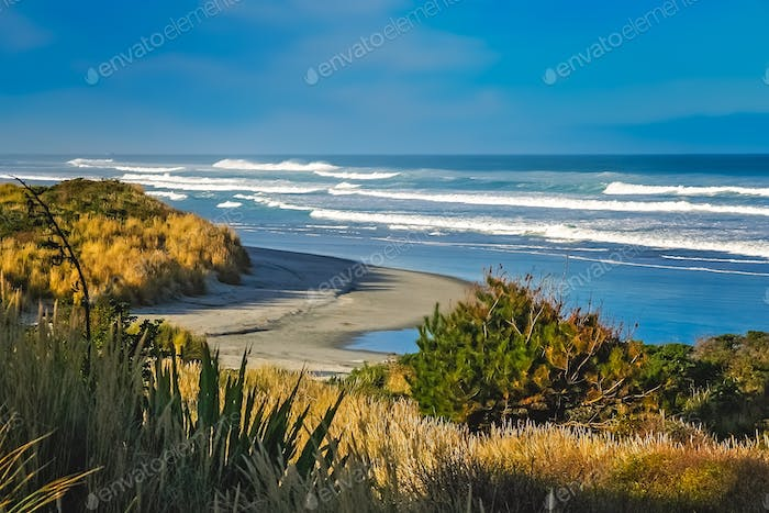 Rough sea and big waves on the beach in New Zealand