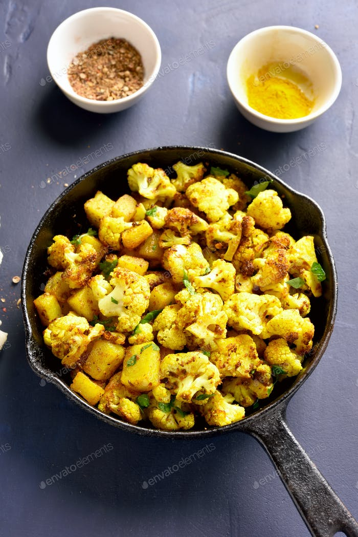 Fried cauliflower with potatoes