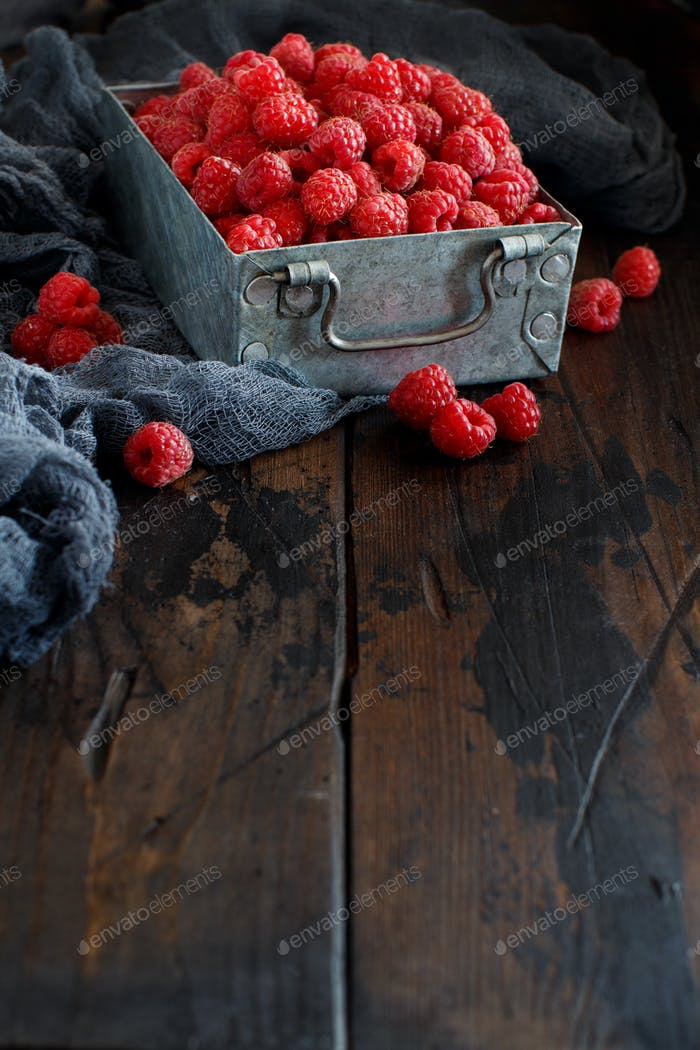 Fresh raspberries in a box
