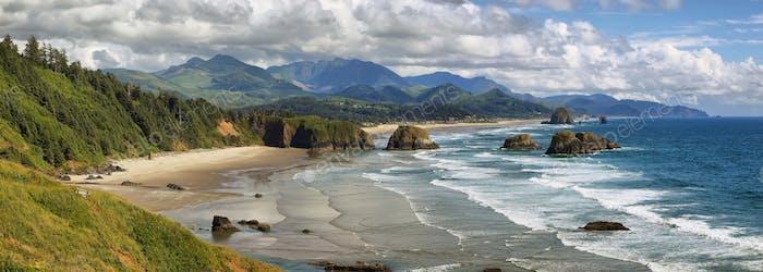 Cannon Beach in Oregon