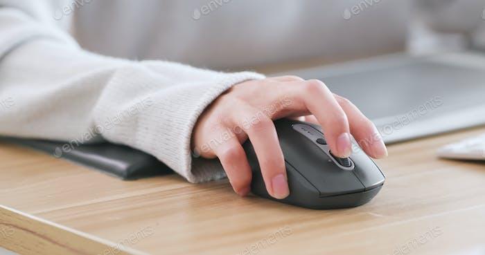 Designer arbeiten am Computer