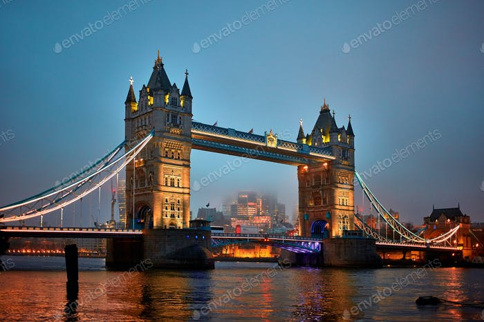 Night view of Tower Bridge
