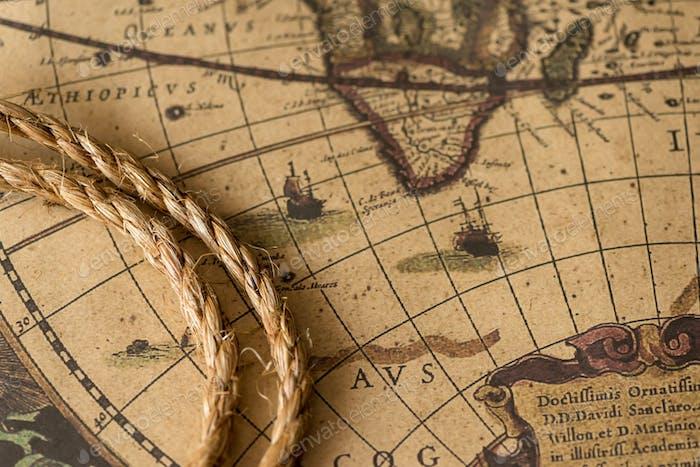 Seil auf der alten Karte