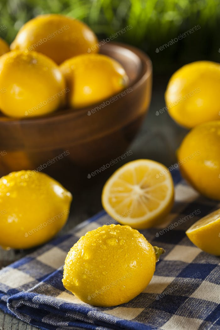 Organic Yellow Citrus Lemons