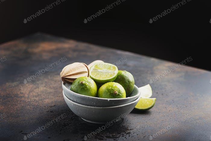 Frische grüne Limetten