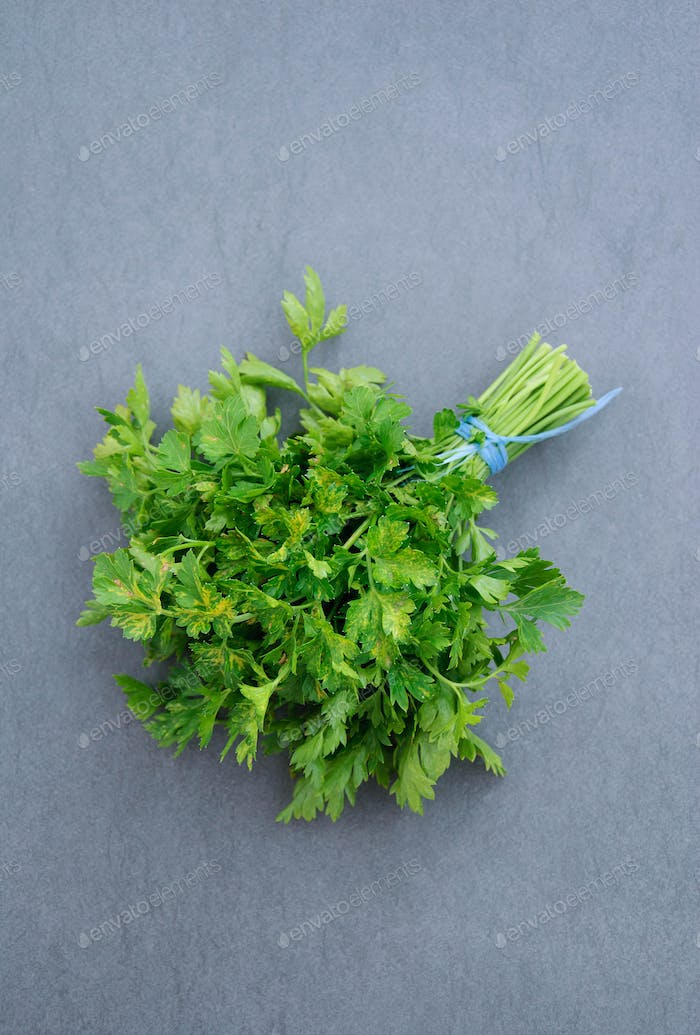 Ripe parsley