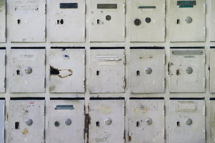 Alte Postfächer für Post und Briefe