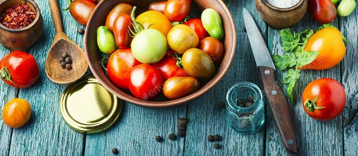 Pickling or canning tomatoes