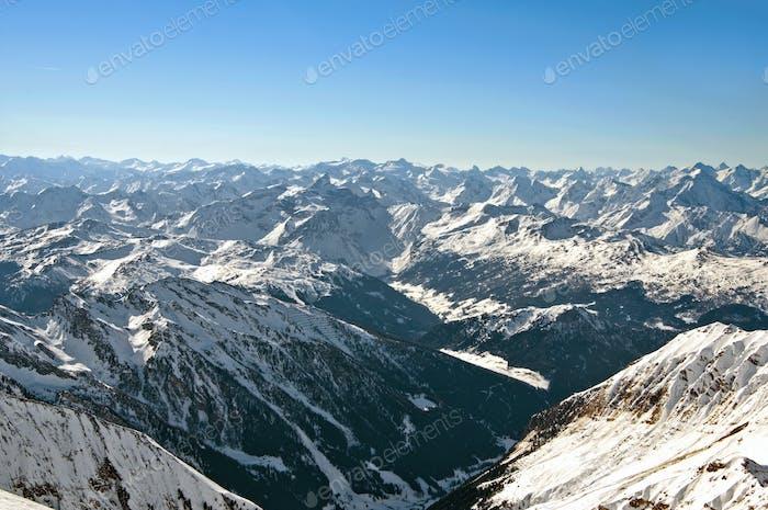 Scenic Tapete mit höchsten Gipfeln der europäischen Alpen