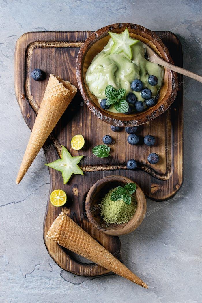 Green tea soft elastic ice cream