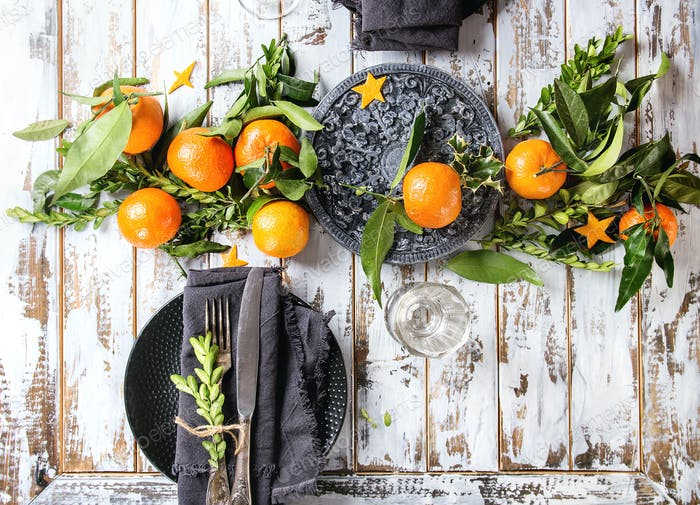 Christmas table decorations with clementines