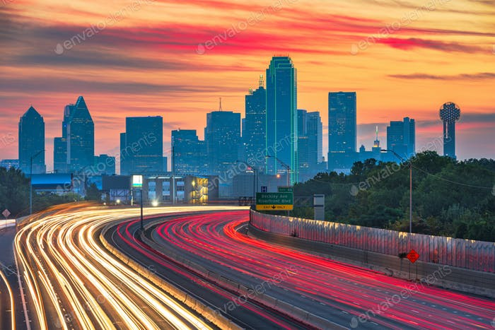Dallas, Texas, USA downtown skyline and highway