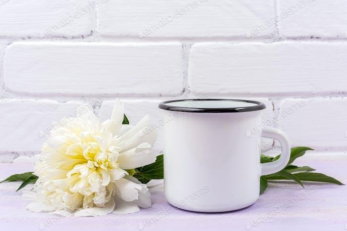 Placeit – White campfire enamel mug mockup with cream peony