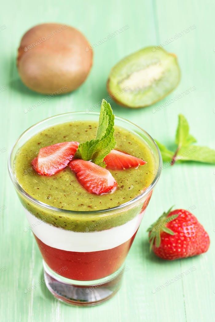 Kiwi strawberry layered dessert